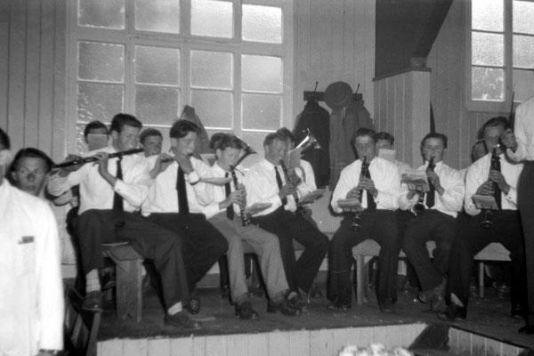 Fahnenweihe Schützenverein 1956