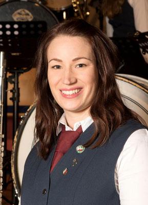 1. Kassiererin - Julia Schruff