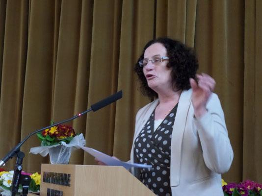 Frau Hildegard Schuster unsere neue Präsidentin begrüßte die Frauen recht herzlich