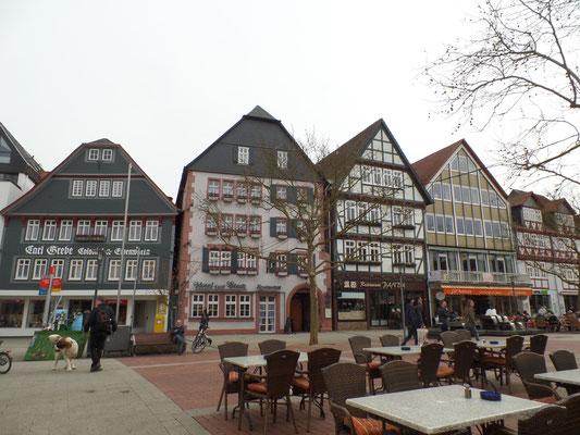 Häuserzeile am Linggplatz