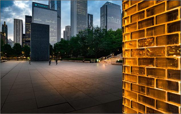 Chicago: la Crown Fountain all'interno del Millennium Park - © Massimo Vespignani