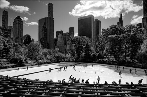 La pista di pattinaggio su ghiaccio Wollman Rink, all'interno di Central Park - © Massimo Vespignani