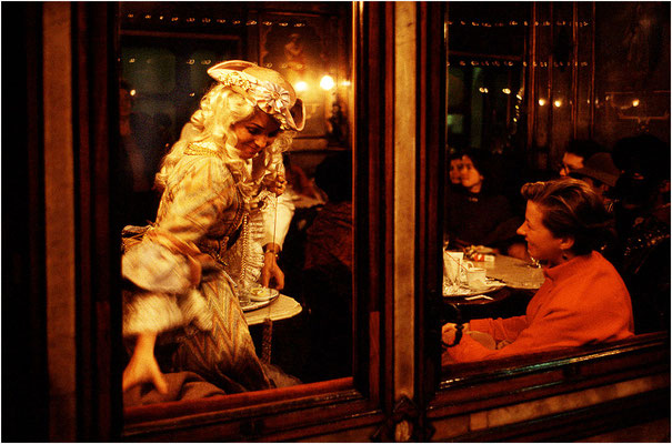 Venezia: Carnevale al caffè Florian - © Massimo Vespignani