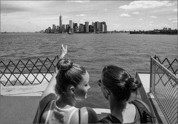 New York City: veduta di Manhattan dal traghetto per Staten Island - © Massimo Vespignani