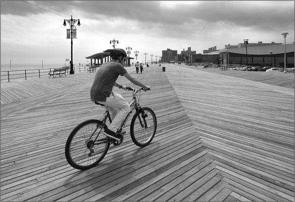 Coney Island: passeggiata lungomare in legno - © Massimo Vespignani