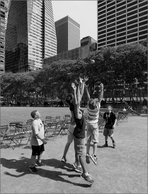 New York City: Bryant Park - © Massimo Vespignani