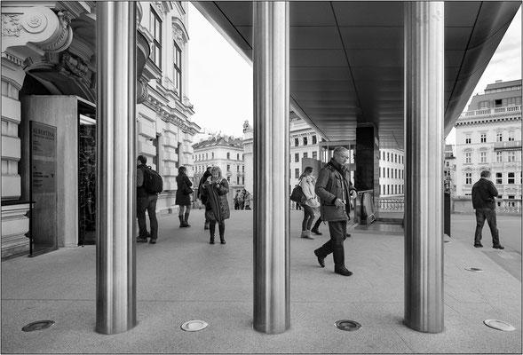 Vienna: ingresso del Museo Albertina - © Massimo Vespignani