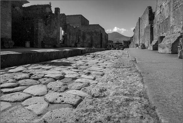 Pompei e il Vesuvio - © Massimo Vespignani