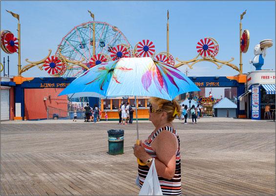 Coney Island: ingresso del luna park - © Massimo Vespignani