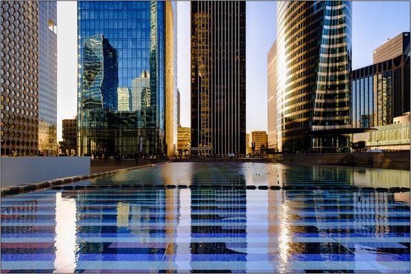 Il modernissimo quartiere La Défense - © Massimo Vespignani