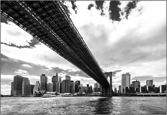 New York City: Brooklyn Bridge - © Massimo Vespignani