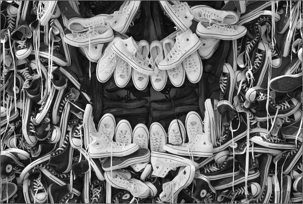 New York City: negozio di scarpe nel quartiere Soho - © Massimo Vespignani