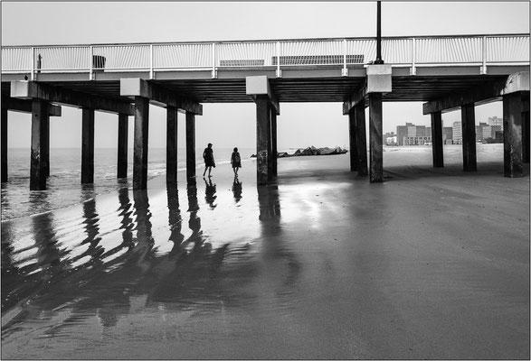Coney Island: il pontile sull'oceano, frequentemente utilizzato come set cinematografico - © Massimo Vespignani