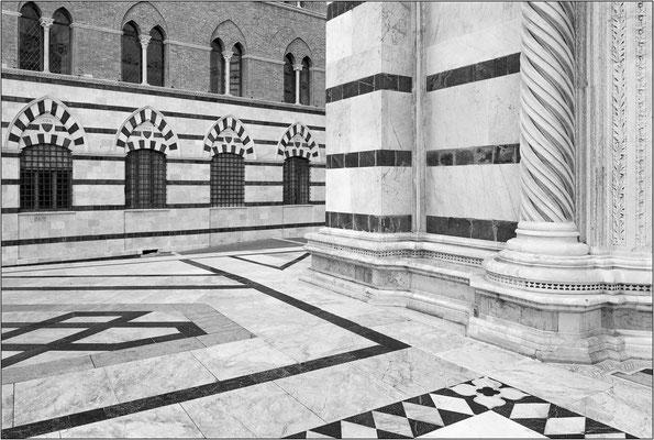 Siena, piazza del Duomo - © Massimo Vespignani