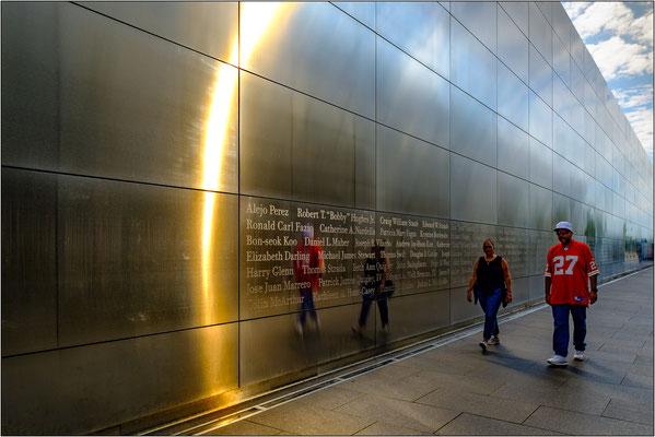 Jersey City: l'Empty Sky Memorial è il monumento commemorativo ufficiale dei 746 cittadini del New Jersey uccisi durante gli attacchi terroristici dell'11 settembre 2001 a New York - © Massimo Vespignani