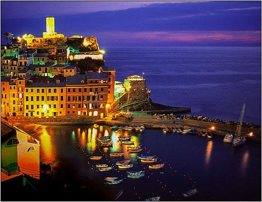 Cinque Terre: Vernazza - © Massimo Vespignani