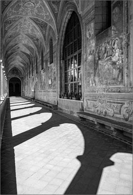 Napoli: chiostro di S. Chiara - © Massimo Vespignani