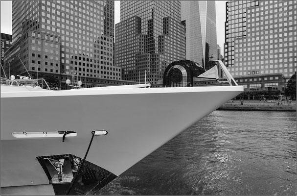 New York City: imbarcazioni all'ormeggio al Brookfield Place - © Massimo Vespignani