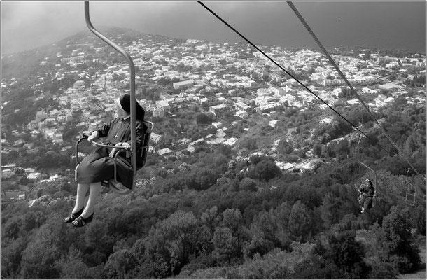 Isola di Capri: seggiovia per il monte Solaro - © Massimo Vespignani