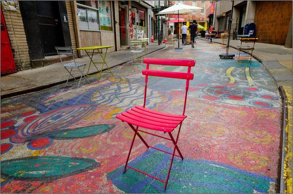 New York City: l'opera temporanea di street art realizzata a Chinatown - © Massimo Vespignani