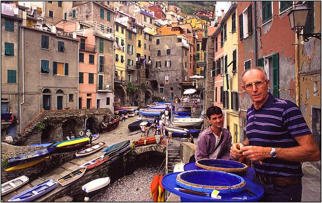 Cinque Terre: pescatori di Riomaggiore - © Massimo Vespignani