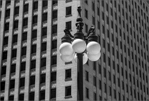 Chicago: W Lower Wacker DR 1 - © Massimo Vespignani