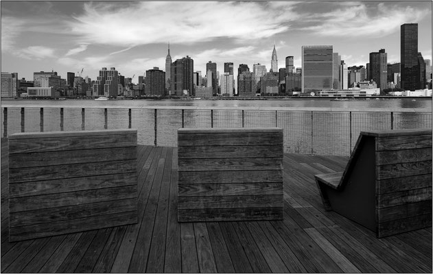 New York City: lungofiume di Long Island City - © Massimo Vespignani