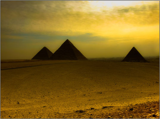 Piramidi di Giza - © Massimo Vespignani