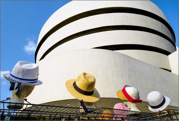 New York City: esterno del Guggenheim Museum - © Massimo Vespignani