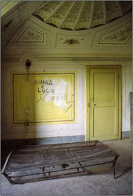 Casa di campagna abbandonata - © Massimo Vespignani