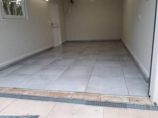 Garagenboden mit Fliesen neu verlegt