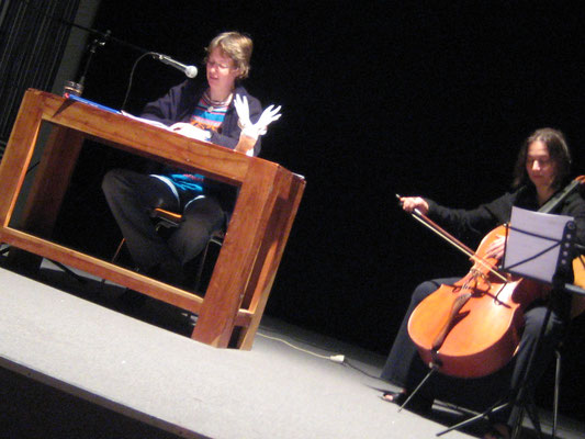 Kaminzimmer, mit Monika Herrmann (Cello), 2013