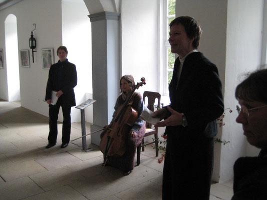 Zwischentöne - Zwischenworte, Kloster Mariensee, mit Monika Herrmann, 2013 - hier mit Äbtissin Frau Görcke
