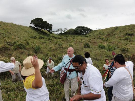 la ceremonia empieza en Ahuatepec, qué honor...