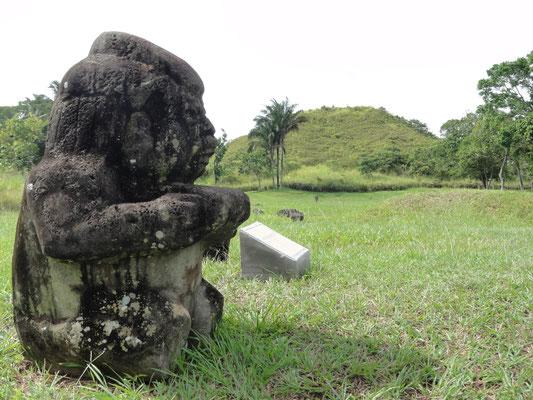the first pyramid of Mesoamerica, made of earth, La Venta