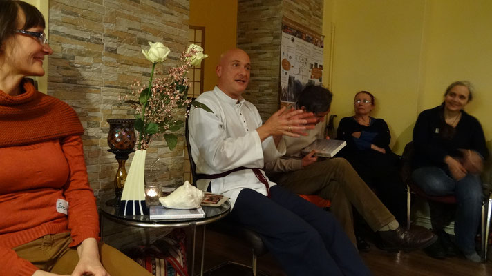 Berlin: I was invited to give a group healing at a healer meeting