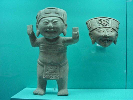 """figura olmeca con la cara del """"chino feliz"""" de Remojadas - ¿en estado de conciencia expandida?"""