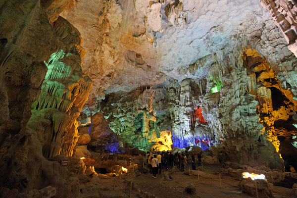 Thien Cung Cave in der Halong Bucht