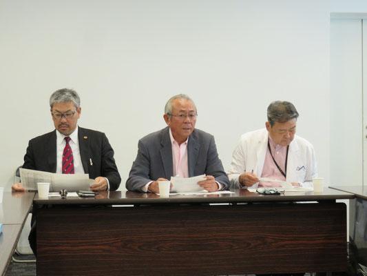 小宮山副会長、望月会長、小橋副会長