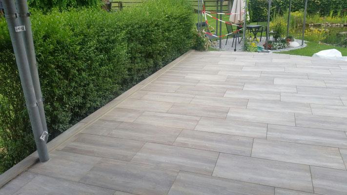 Gartengestaltung mit Keramikfliesen : GreenFairway e.K.