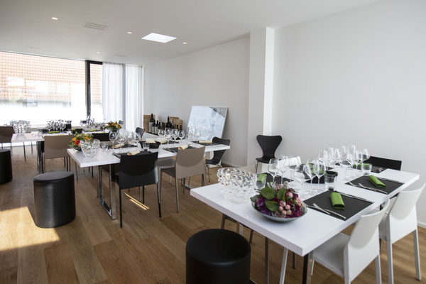 cantina adornetto Kirchheim/Teck: Menü-Weinprobe mit dem Weingut Jülg und dem Grillweltmeister Tom Heinzle
