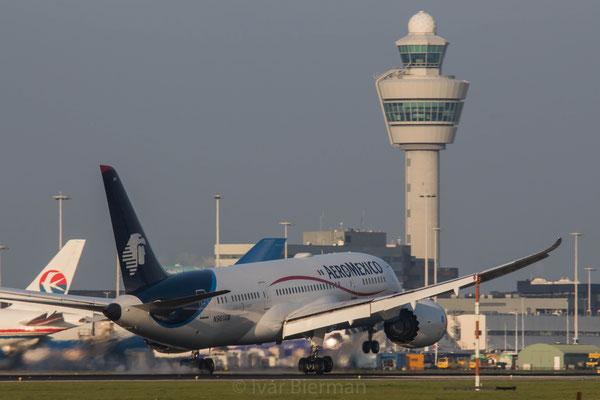 Aeromexico, Boeing 787-8