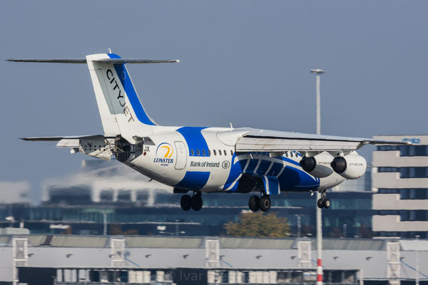 City \jwt Avro RJ100, Leinster Rugby livery