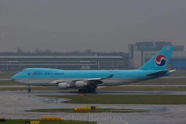 Korean Air Cargo Boeing 747-400