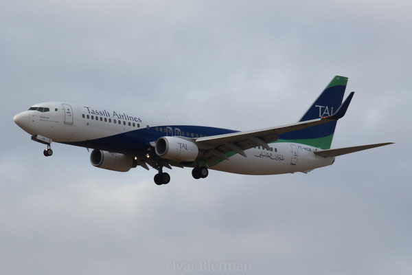 Tassili Airlines Boeing 737-800 7T-VCB