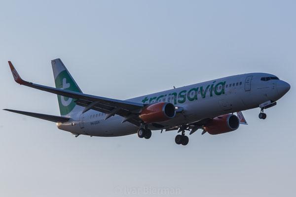 Transavia, Boeing 737-800, PH-GGX