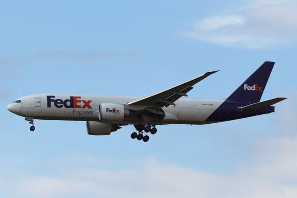 FedEx Boeing 777F N857FD