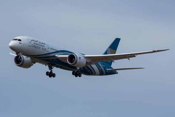 Oman Air Boeing 787-8 A4O-SY