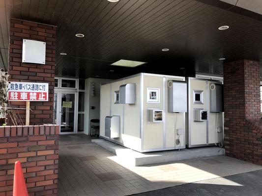 NPR-01S(屋外用)・屋外玄関下に2台設置