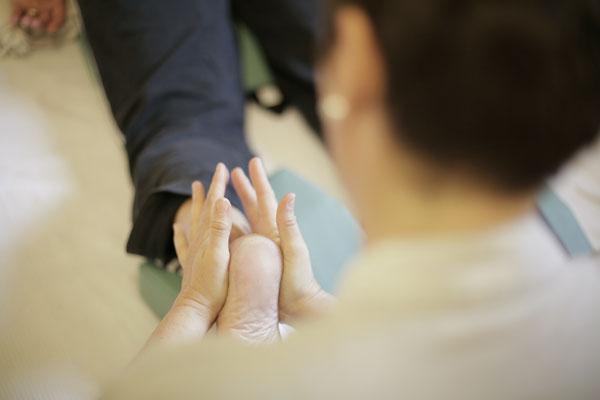 Praxis Shiatsu Lotus in Flüh, Baselland - Shiatsu für Erwachsene, Kinder und Jugendliche